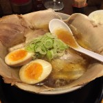 たけ虎@幡ヶ谷 インパクト大!丼からあふれるチャーシュー麺を食べてきた!