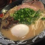博多一幸舎@経堂 本場博多のとんこつラーメンをいただく。濃厚なスープがクセになりそう!