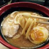 くら寿司の「濃厚味噌ラーメン」をいただく。魚介系のスープでなかなかの味
