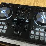 「TRAKTOR KONTROL S2 mk2」(Native Instruments社)を購入!重厚感に感動!【製品レビュー】