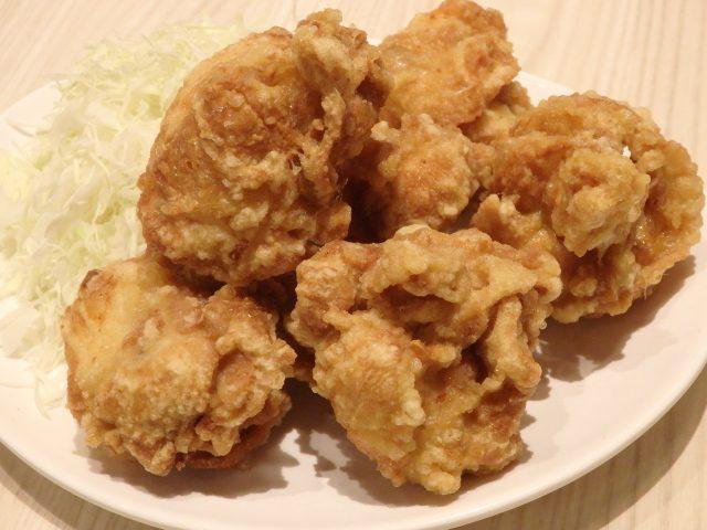鶏白湯らーめん自由が丘蔭山(武蔵村山)の特製唐揚げ