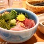 リアスキッチン@気仙沼 オシャレなレストランで海産物たっぷりの海鮮丼をいただく!