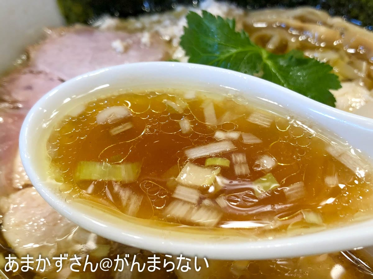 特製醤油鶏そばのスープ
